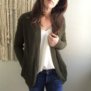 American Eagle Olive Open Cardigan Pockets